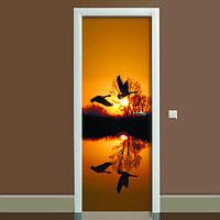 Виниловая наклейка на дверь Журавли (полноцветная фотопечать пленка для двери) ламинированная двойная 650*2000 мм