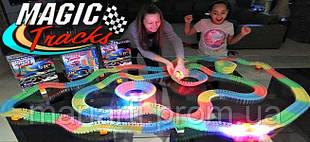 Трасса для машинок на 220 деталей, Racing Tracks светодиодная трасса