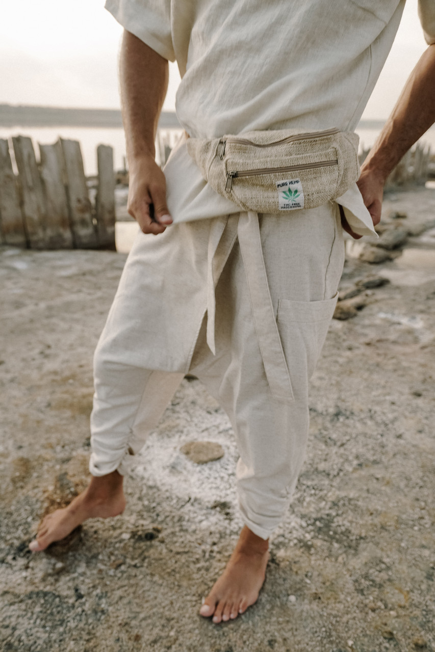 Стильные удобные мужские штаны на запах, лен, цвет белый.