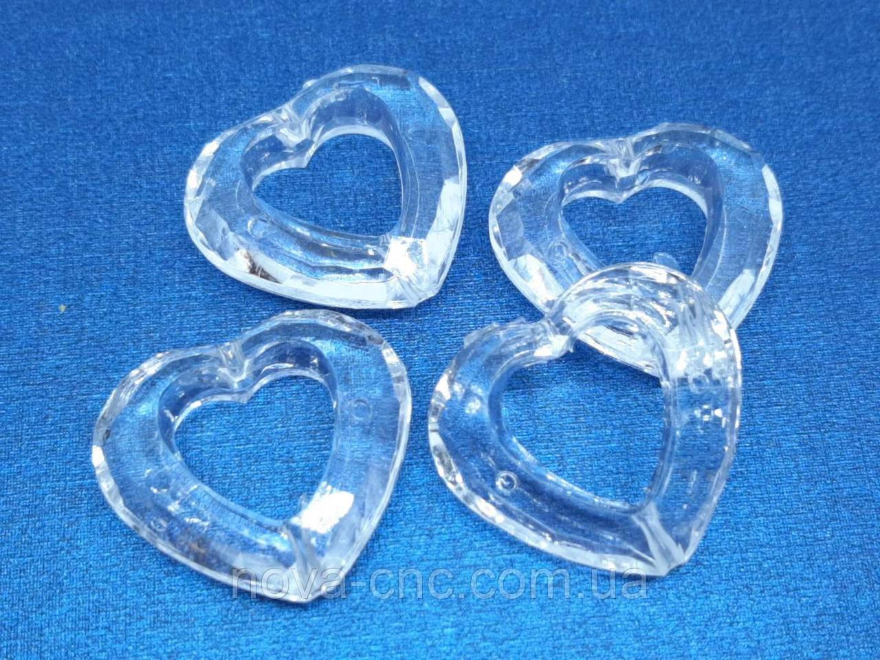 """Намистини акрил """"Серце"""" прозорі без відтінку 29 х 32 мм 500 грам"""