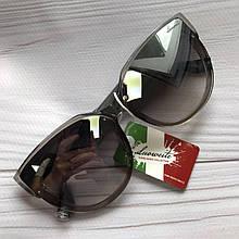 Женские очки от солнца классика