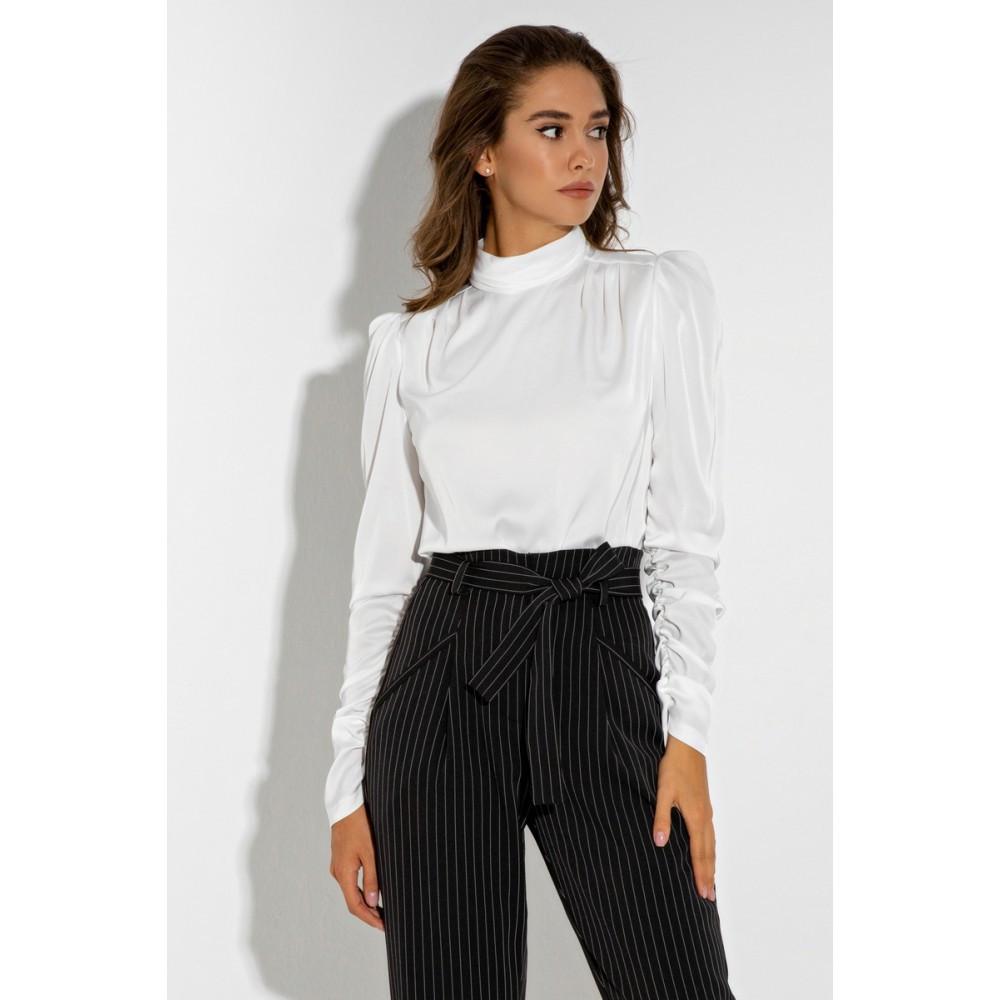 Женская белая блузка с длинным рукавом шёлковая