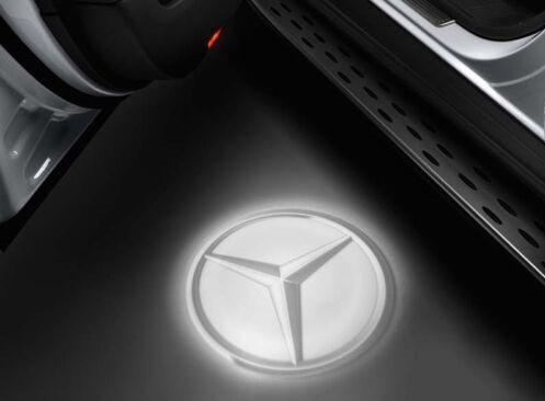Проекція логотипу Mercedes в передні двері, артикул A2138204503
