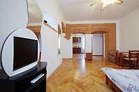 Посуточная аренда квартиры во Львове (центр Староеврейская, 30м от пл. Рынок)
