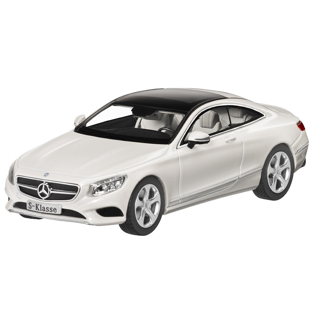 Модель автомобиля Mercedes S-Class Coupé, Scale 1:43, Designo Diamond White Bright, артикул B66961239