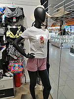 Образ : Футболка жіноча, з принтом, ТМ SAIMEIQ. Шорти жіночі, пудра, ТМ PLUM, Україна