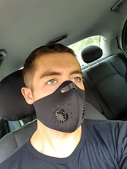 Чёрная защитная маска  с клапаном HLight+1 фильтр в ПОДАРОК