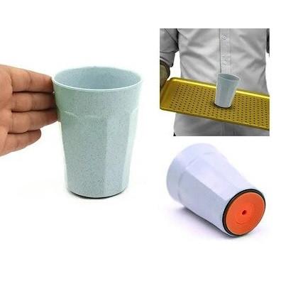 Склянку з присоском suction cup