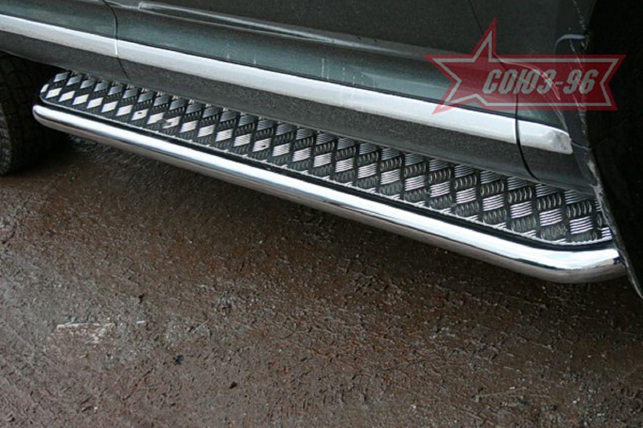 Пороги с листом (площадка) на Porsche Cayenne UATUNING (d 60 лист нержавеющий)