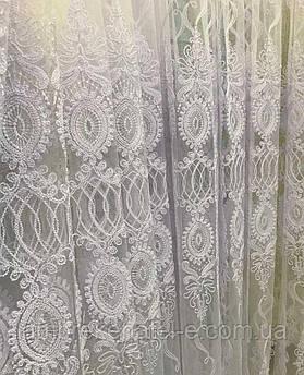 Тюль белая в зал вышитая белым кордом на сетке