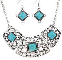 Набор бижутерии с бирюзой - ожерелье и серьги Зэма