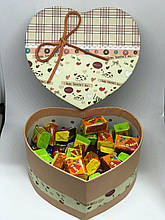 Жевательная жвачка Love is, жвачки лове ис ассорти в подарочной упаковке 50 шт №9