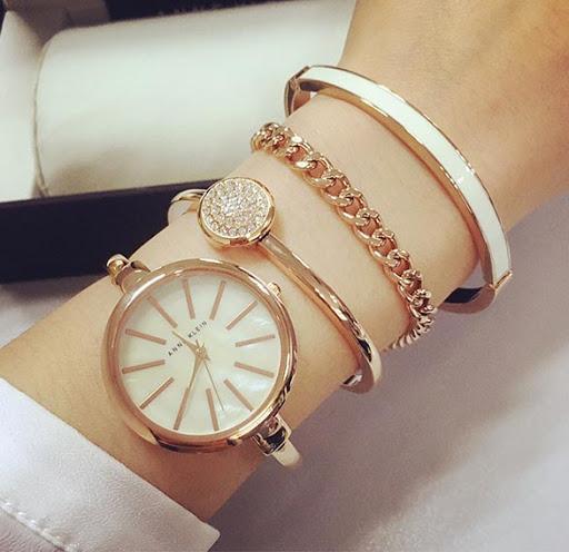 Набор подарочный для женщин наручные часы + 3 браслета Anne Klein GOLD в красивой упаковке!