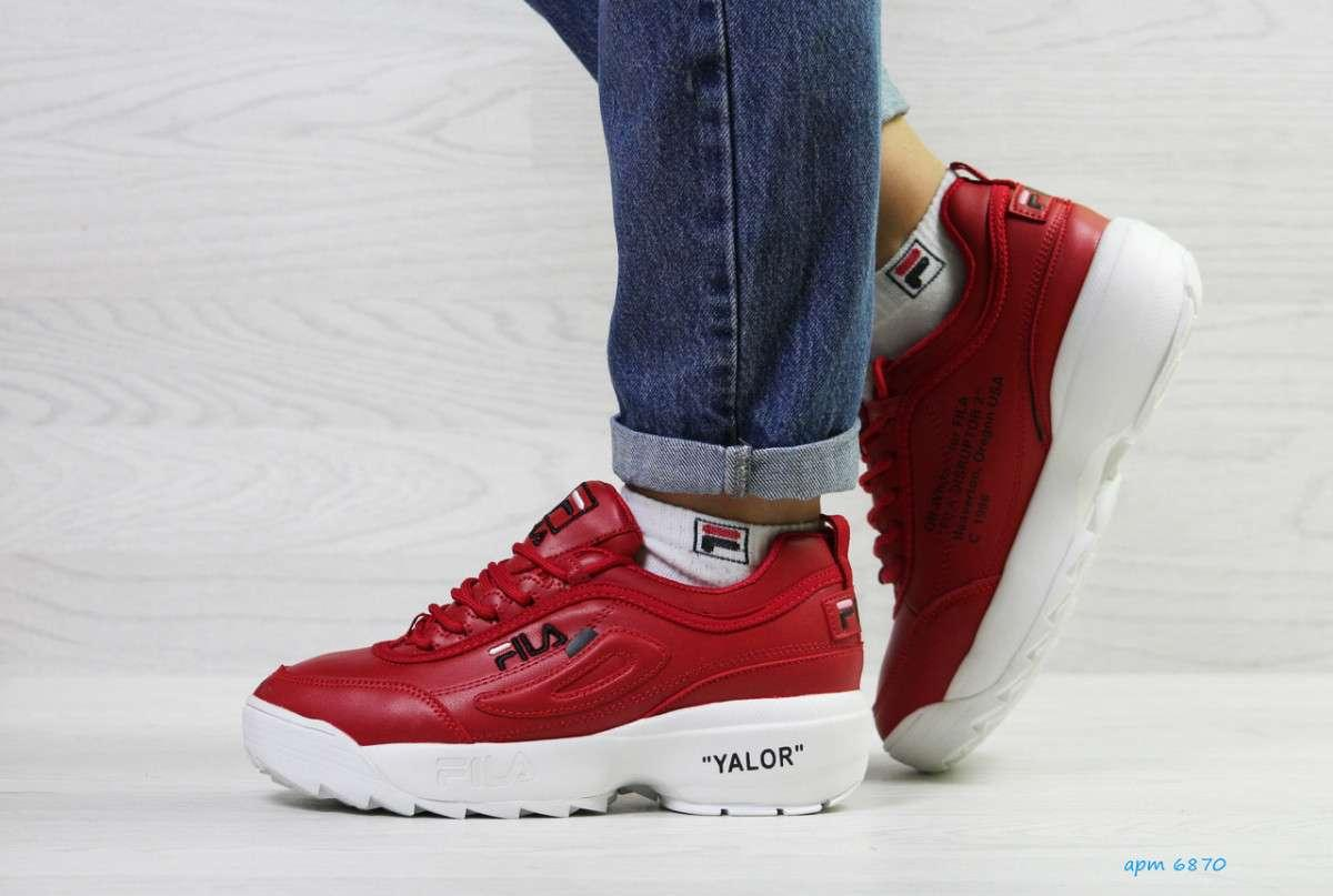 Женские зимние красные кроссовки 6870