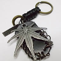 """Брелок для ключей """"Лист конопли"""" (53х56мм). Металл с кожаными вставками., фото 1"""