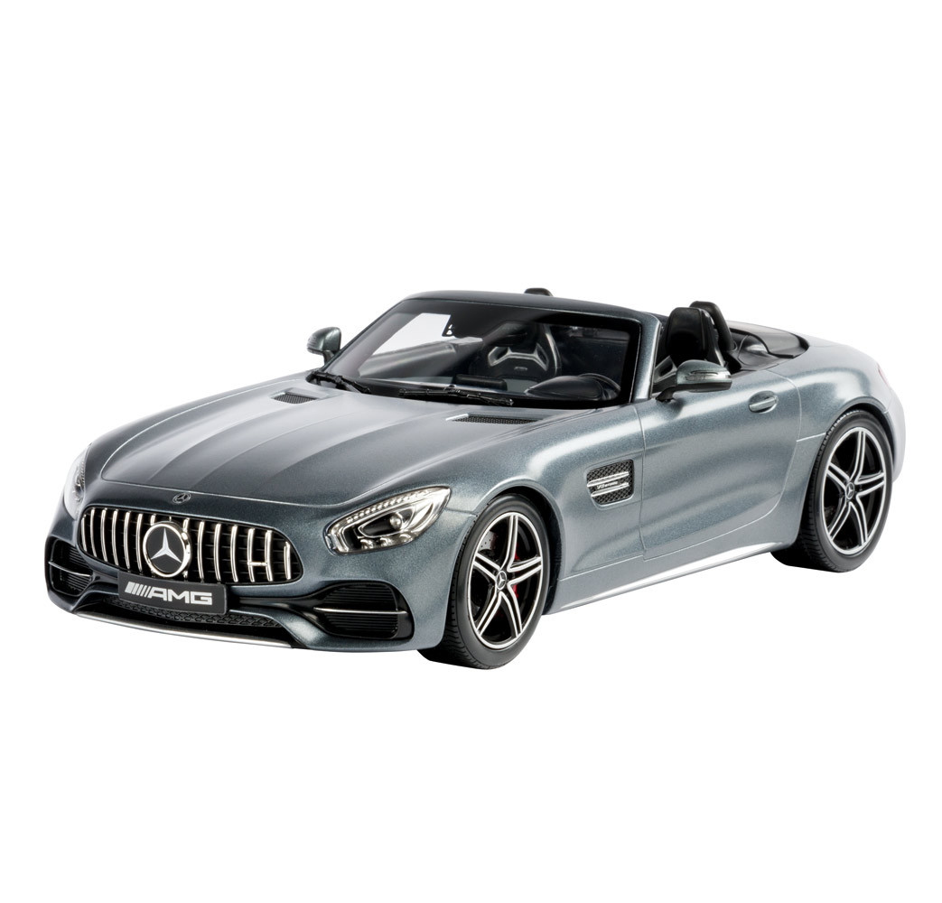 Модель Mercedes-AMG GT C, Roadster, Designo Selenite Grey Magno, артикул B66960444