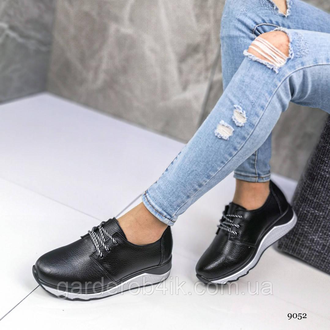 Женские  кроссовки  натуральная кожа