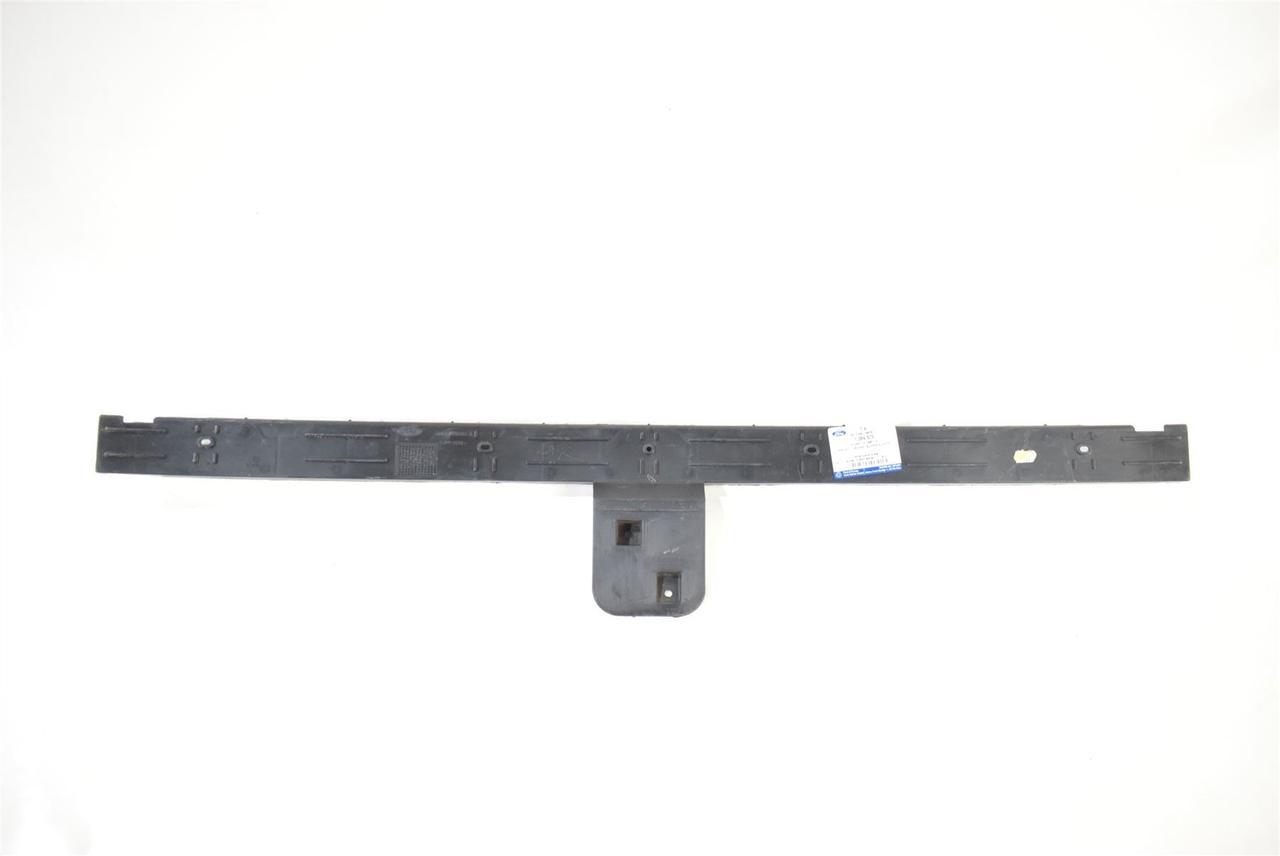 Крепеж заднего бампера Ford Focus III '11-14 хэтчбек, средний (FPS) 1718917