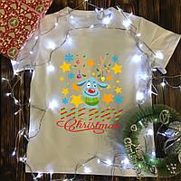 Мужская футболка с принтом - Олень с снежинками-Merry Christmas