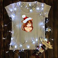 Женская футболка  с принтом - Крыса в новогодней шапке
