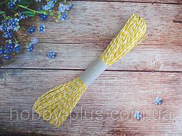 Шнур натуральный бумажный двухцветный, d 2 мм, цвет желто-белый, 50 м