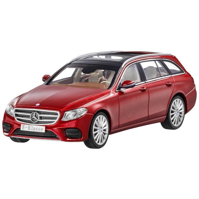 Модель Mercedes-Benz E-Class Estate, AMG Line, Designo Hyacinth Red Metallic, Scale 1:43, артикул B66960382