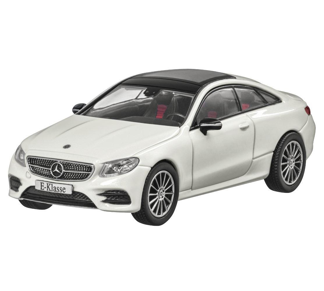 Модель Mercedes-Benz E-Class Coupé (C238), AMG Line, Scale 1:43, Designo Diamond White Bright, B66960404