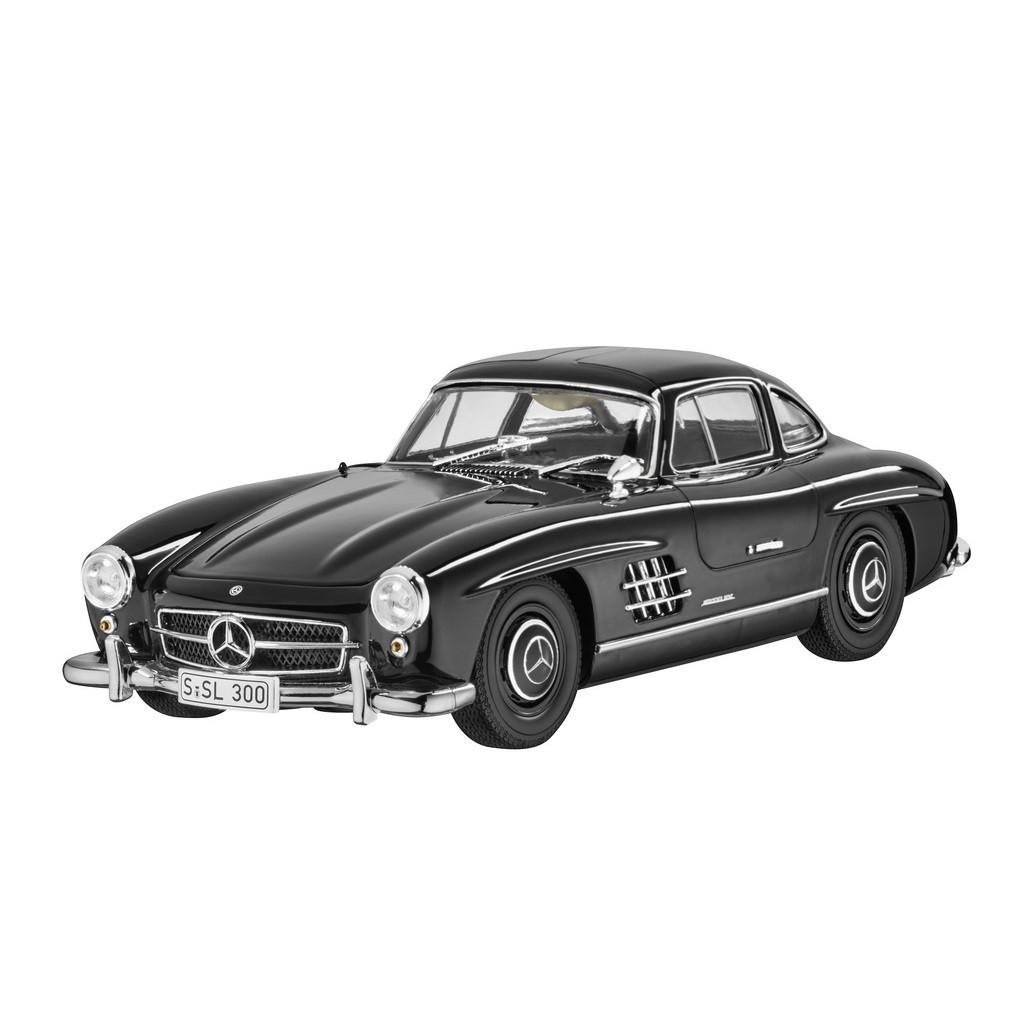 Модель Mercedes 300 SL Coupé W 198 (1954-1963), Black, 1:18 Scale, артикул B66040638