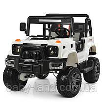 Детский электромобиль Jeep Wrangler 4WD M 4178EBLR-1 белый