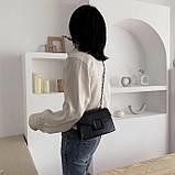 Женская классическая сумочка кроссбоди на цепочке ремешке черная, фото 2