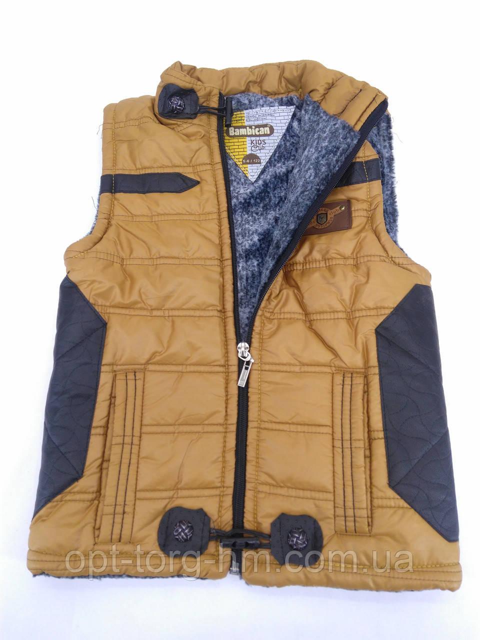 Детская жилетка для мальчика с меховой подкладкой (коричневая)