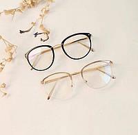 Іміджеві овальні окуляри унісекс в прозорій оправі