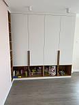 Длинная дизайнерская мебельная ручка планка деревянная орех, фото 5