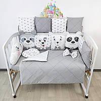 Комплект бортиков и постельного в кроватку с игрушками и облаком в серо-белых тонах