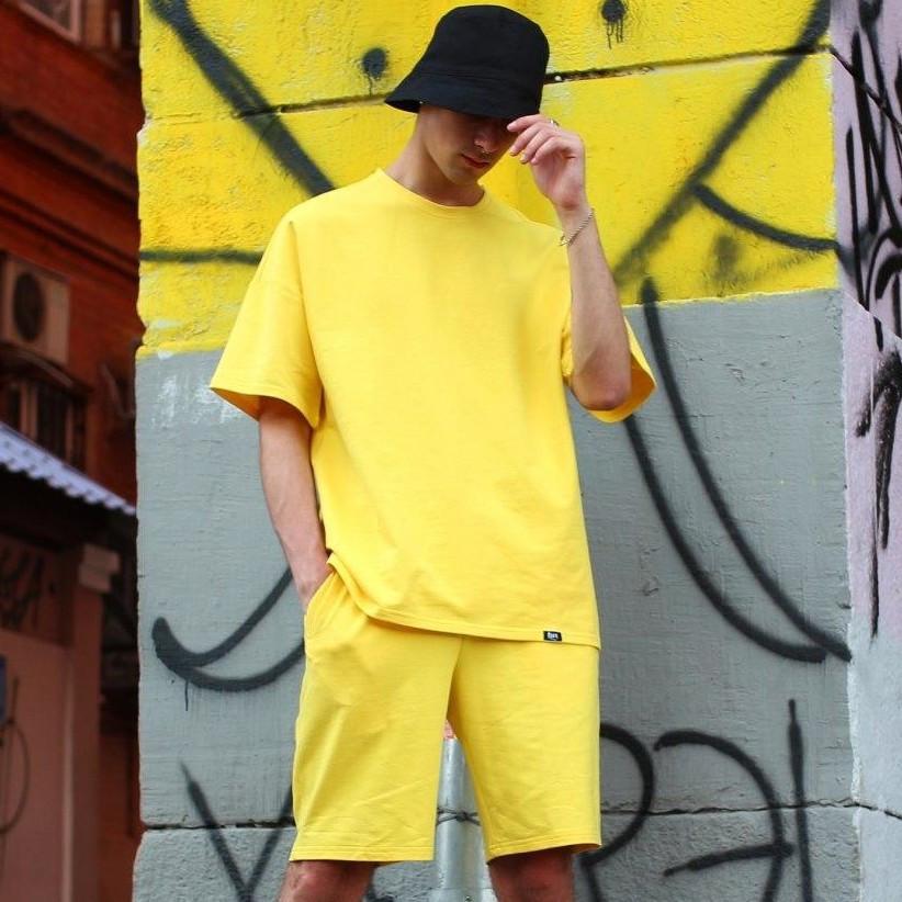 Мужской спортивный костюм Футболка, шорты, панама