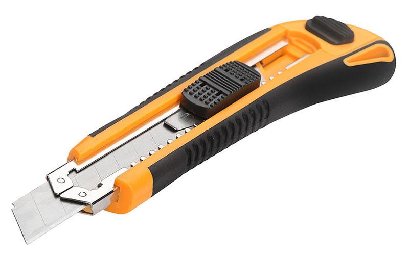 Нож сегментный 18 мм Эрго картридж 3 лезвия Толсен