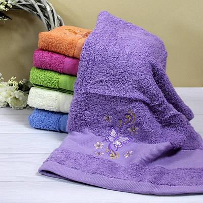 Банное махровое полотенце с вышивкой