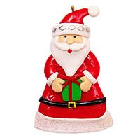 Фигурка глиняная сувенирная 9 см, Дед Мороз с маленьким подарком (000371-6)