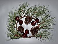 Венок с шишками и шарами, с инеем, 30 см (770120)