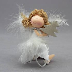Новогодняя елочная игрушка - фигурка Ангелочек с елкой, 15 см, белый, текстиль (220020-2)