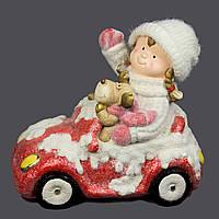 Фигурка сувенирная Девочка на автомобиле, магнезия, 41,5*24,5*35,5см. (920050)