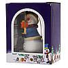 Новогодняя елочная игрушка - фигурка Снеговик с подарком, 9 см, белый, полистоун (000180-5), фото 2