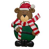 Фигурка сувенирная из полистоуна, h-8 см, медведь с конфетой, (000654-1)