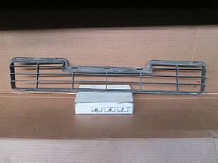 №37 Б/у Решетка бампера для Mitsubishi Carisma 1995-1999
