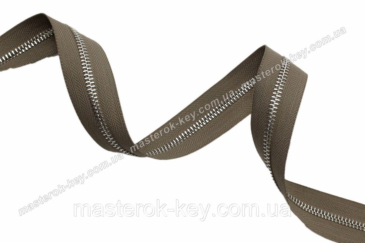 Молния металлическая рулонная №5 никель на основе оливкового цвета 297 Италия