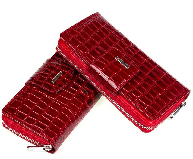 Жіночий гаманець шкіряний червоний Karya 1119-08
