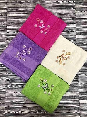 Махровое полотенце для лица и рук с вышивкой