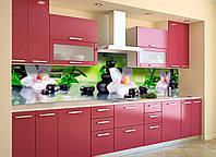 Скинали на кухню Zatarga Орхидея и бамбук 600х2500 мм салатовый виниловая 3Д наклейка кухонный фартук