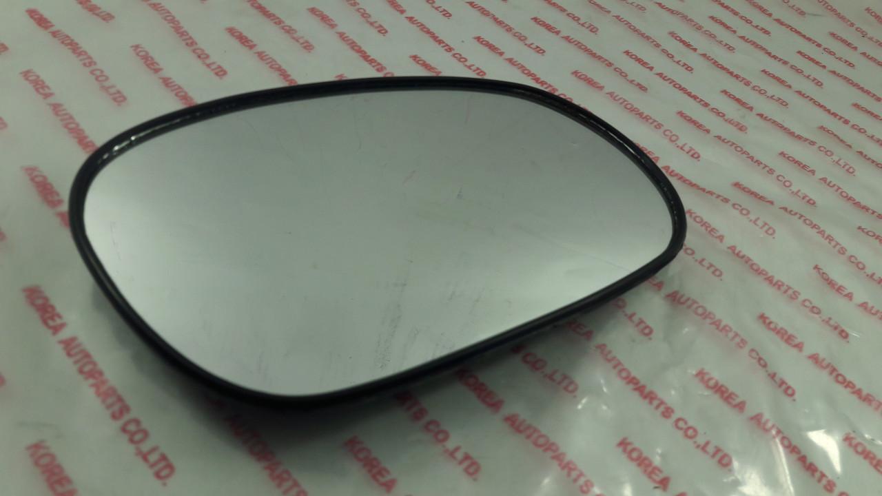 Дзеркало наружнє (скло) ліве в корпусі 8 кріплень LANOS Кар Корея