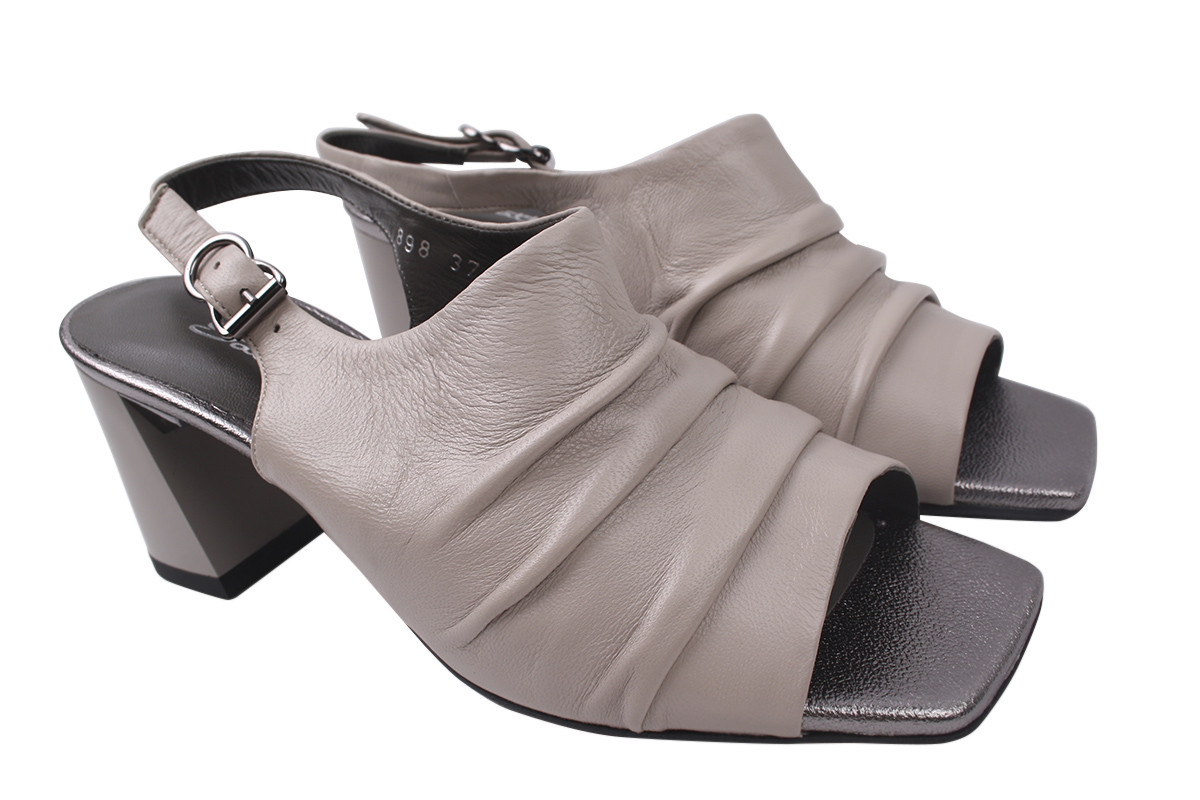 Босоножки женские на каблуке из натуральной кожи, бежевые SattiniТурция